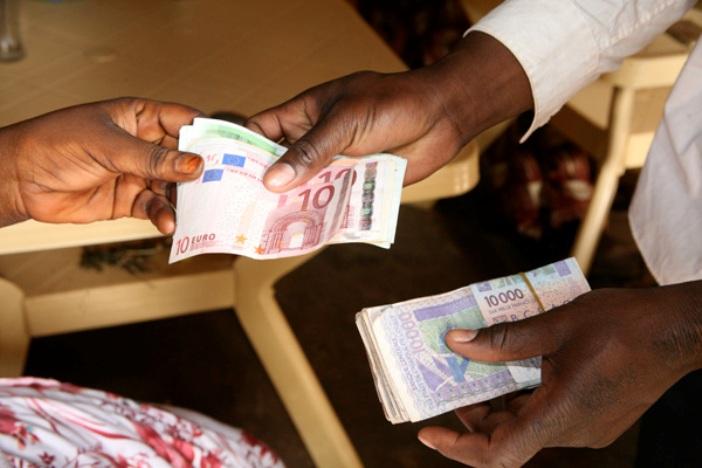 Transferts d'argent / Senegal : Plus de 425 milliards de Fcfa effectués par  les établissements financiers au 1er semestre 2017 | BankAssur Afrik est la  première source d'information des secteurs de la